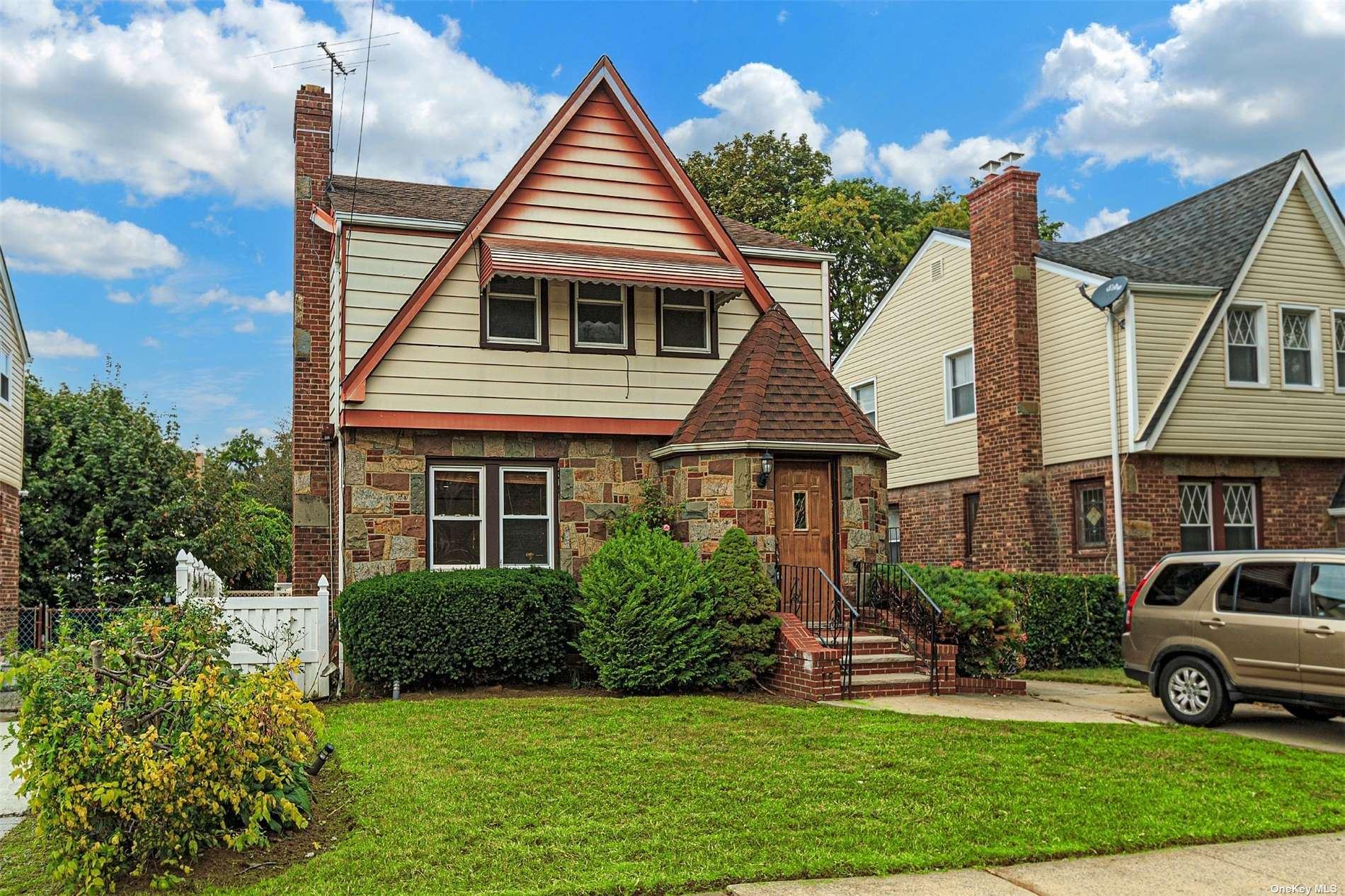Photo of 137-18 174 Street, Springfield Gardens, NY 11413 (MLS # 3354698)