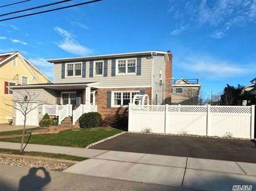 Photo of 104 Baldwin Avenue, Point Lookout, NY 11569 (MLS # 3281699)