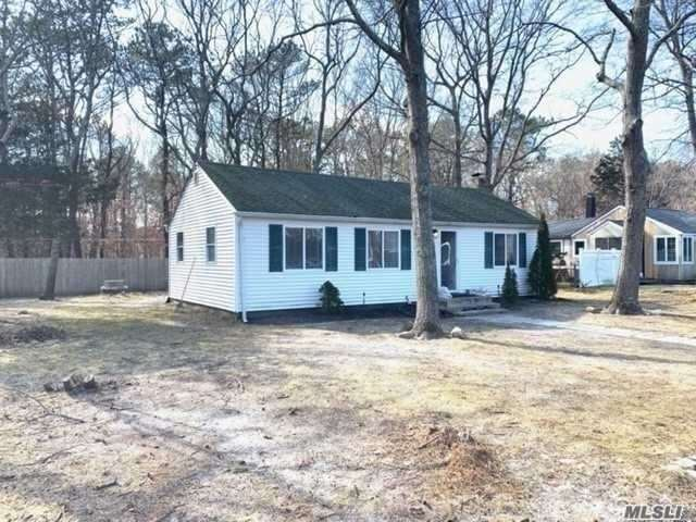 10 E End Ave, East Quogue, NY 11942 - MLS#: 3210699