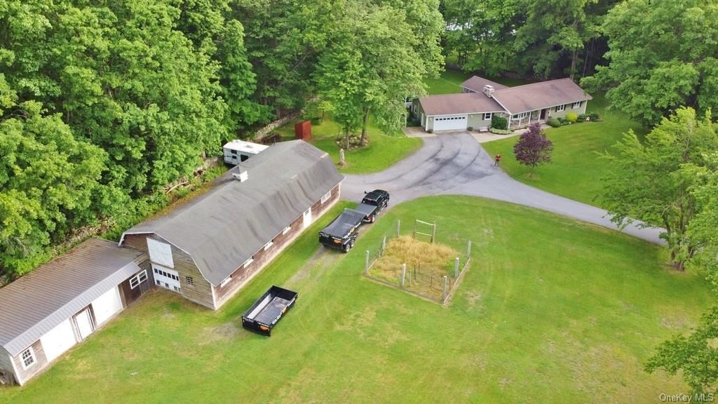 Photo of 2 Oak Hill Road, Westtown, NY 10998 (MLS # H6042699)