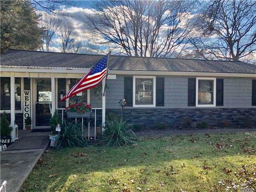 Photo of 276 Muriel St, Holbrook, NY 11741 (MLS # 3281700)