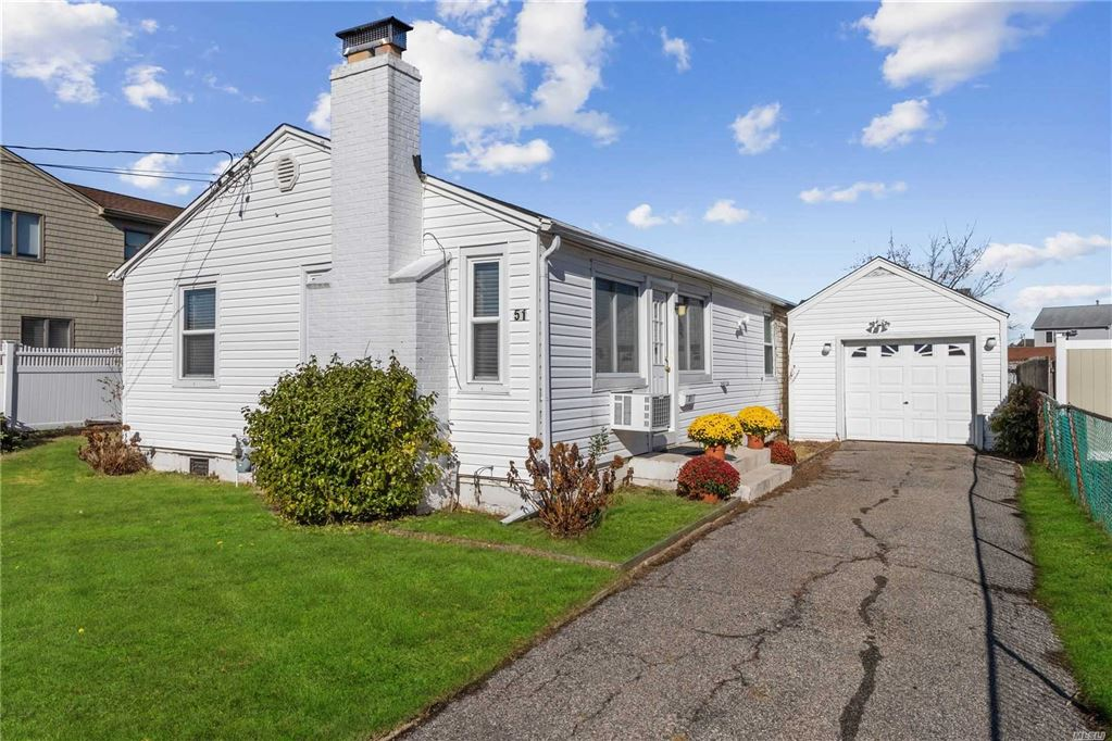 51 Shore Road, Amityville, NY 11701 - MLS#: 3176701