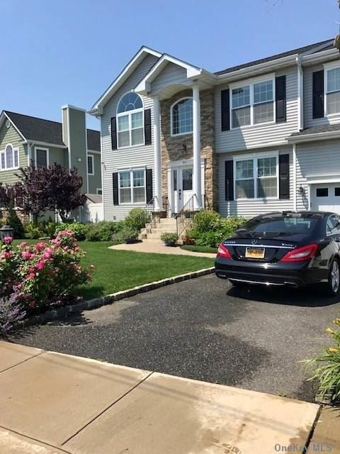 Photo of 51 Roosevelt Boulevard, Massapequa, NY 11758 (MLS # 3289703)