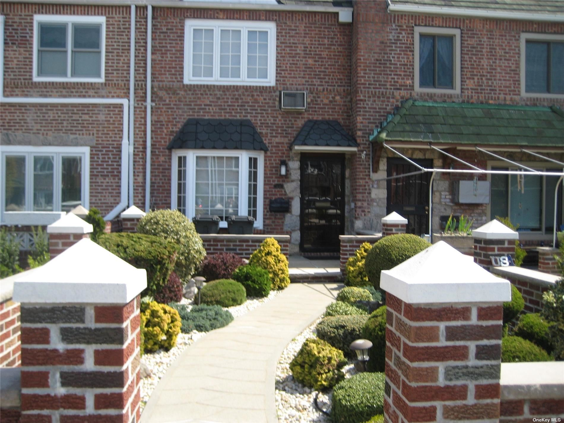 61-23 79th Street, Middle Village, NY 11379 - MLS#: 3306703