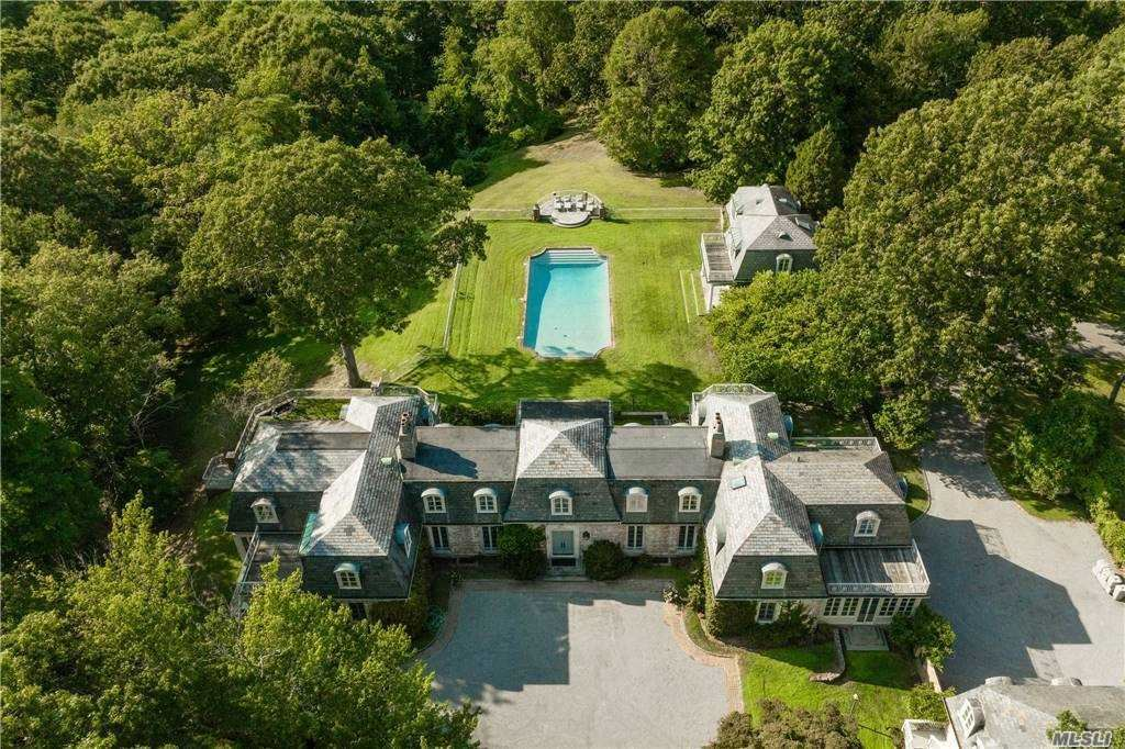 Photo of 214 Cleft Road, Mill Neck, NY 11765 (MLS # 3083704)