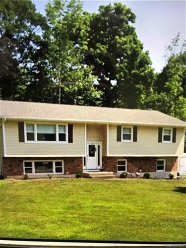 Photo of 1 Dale Road, Airmont, NY 10952 (MLS # H6077707)