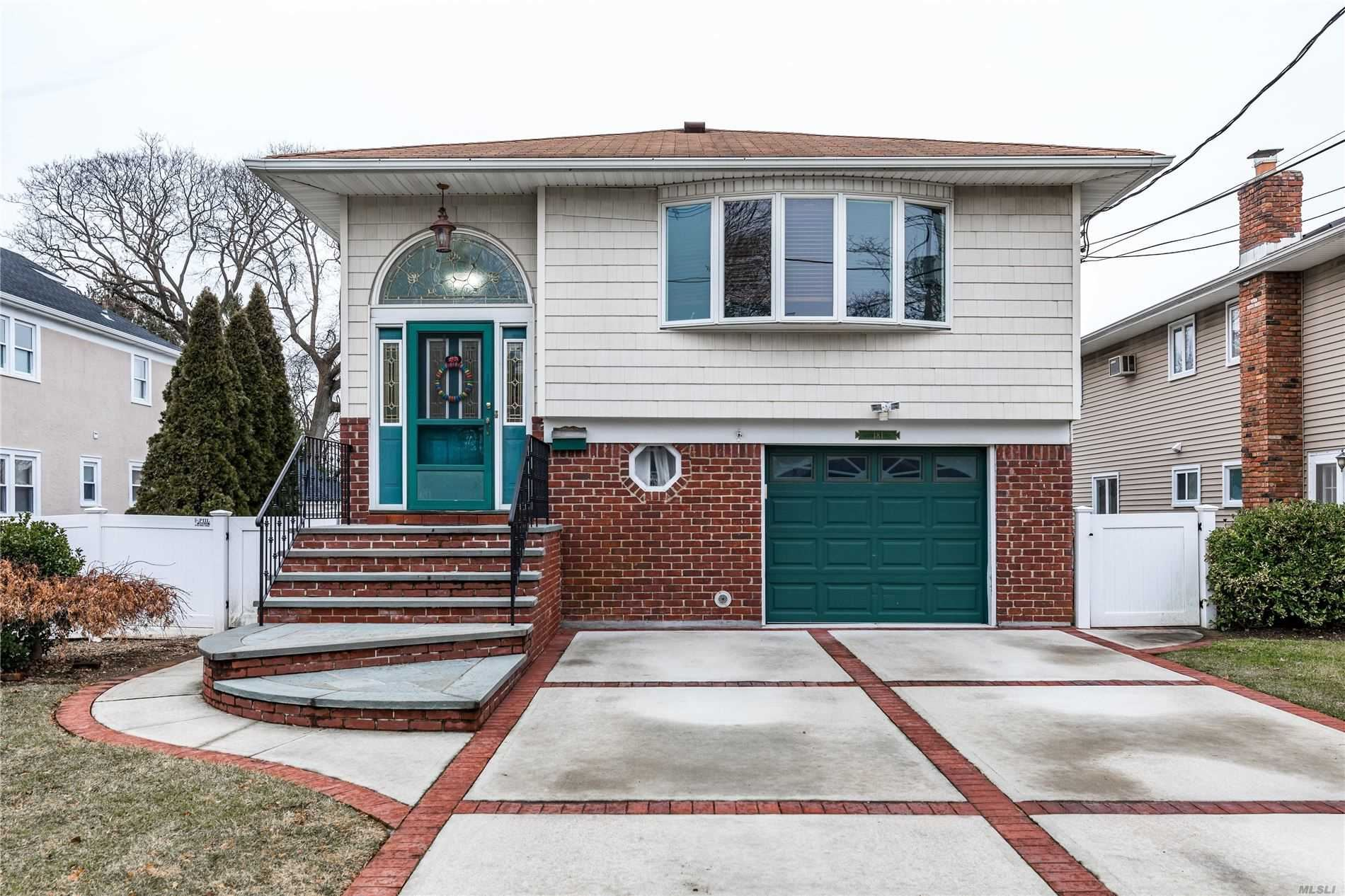 181 Brower Avenue, Rockville Centre, NY 11570 - MLS#: 3215708