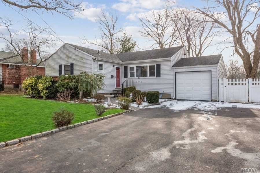 705 5th Avenue, East Northport, NY 11731 - MLS#: 3189709