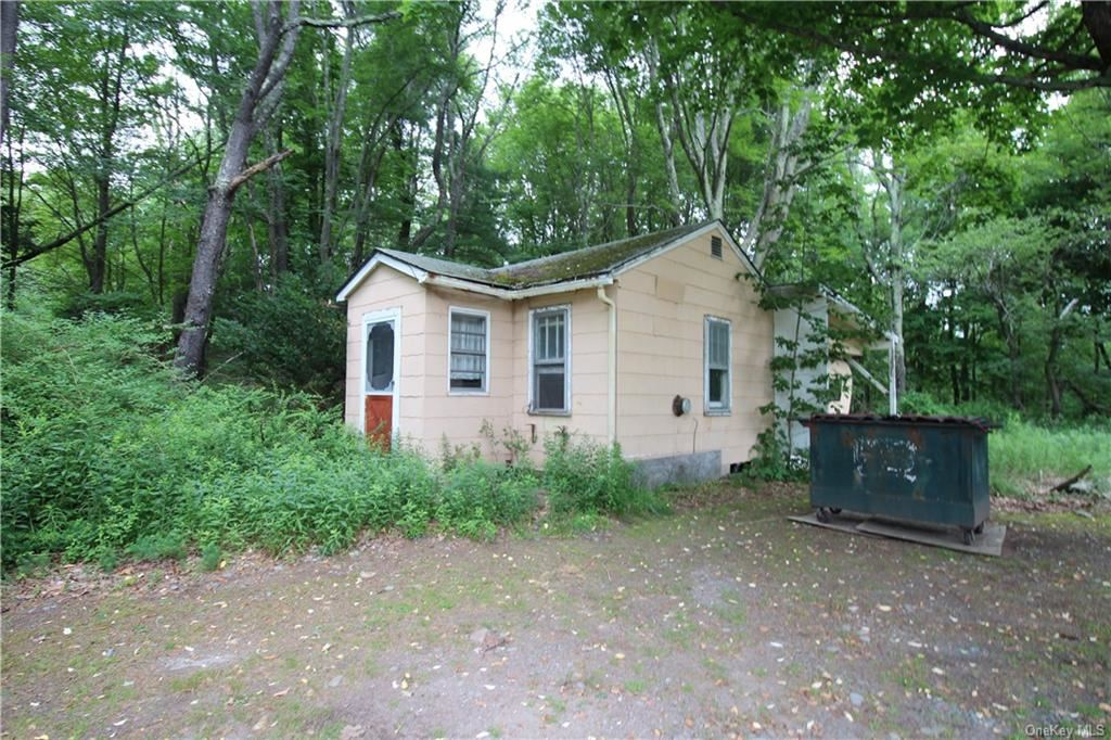 Photo for 3218 State Route 42, Monticello, NY 12701 (MLS # H6050709)