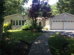 Photo of 132 Old Post Dr, Hauppauge, NY 11788 (MLS # 3177710)