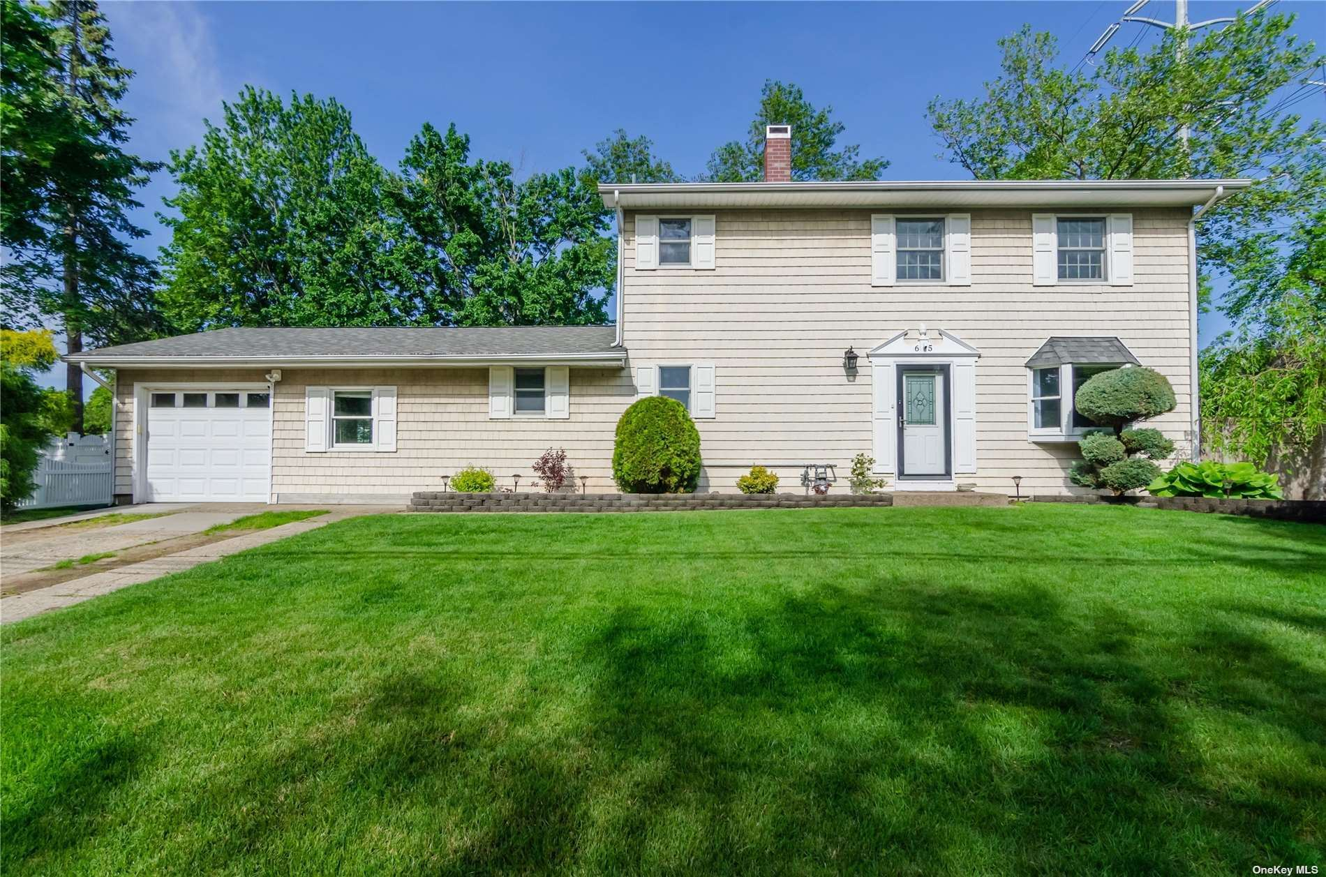 65 Mary Avenue, Lake Ronkonkoma, NY 11779 - MLS#: 3315711