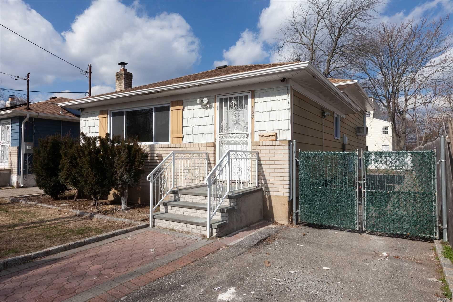 15 Burnett Street, Hempstead, NY 11550 - MLS#: 3196712