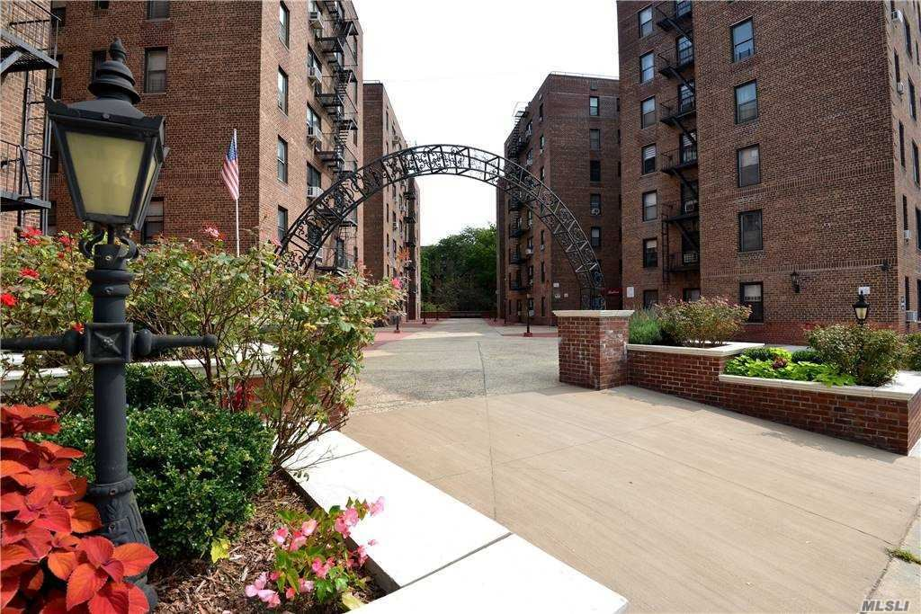 83-77 Woodhaven Boulevard #2K, Woodhaven, NY 11421 - MLS#: 3251713