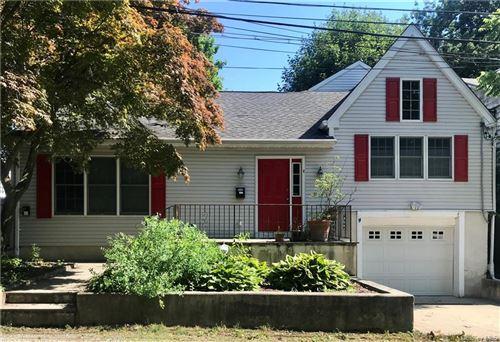 Photo of 4 Ridgeland Mnr, Rye, NY 10580 (MLS # H6050715)