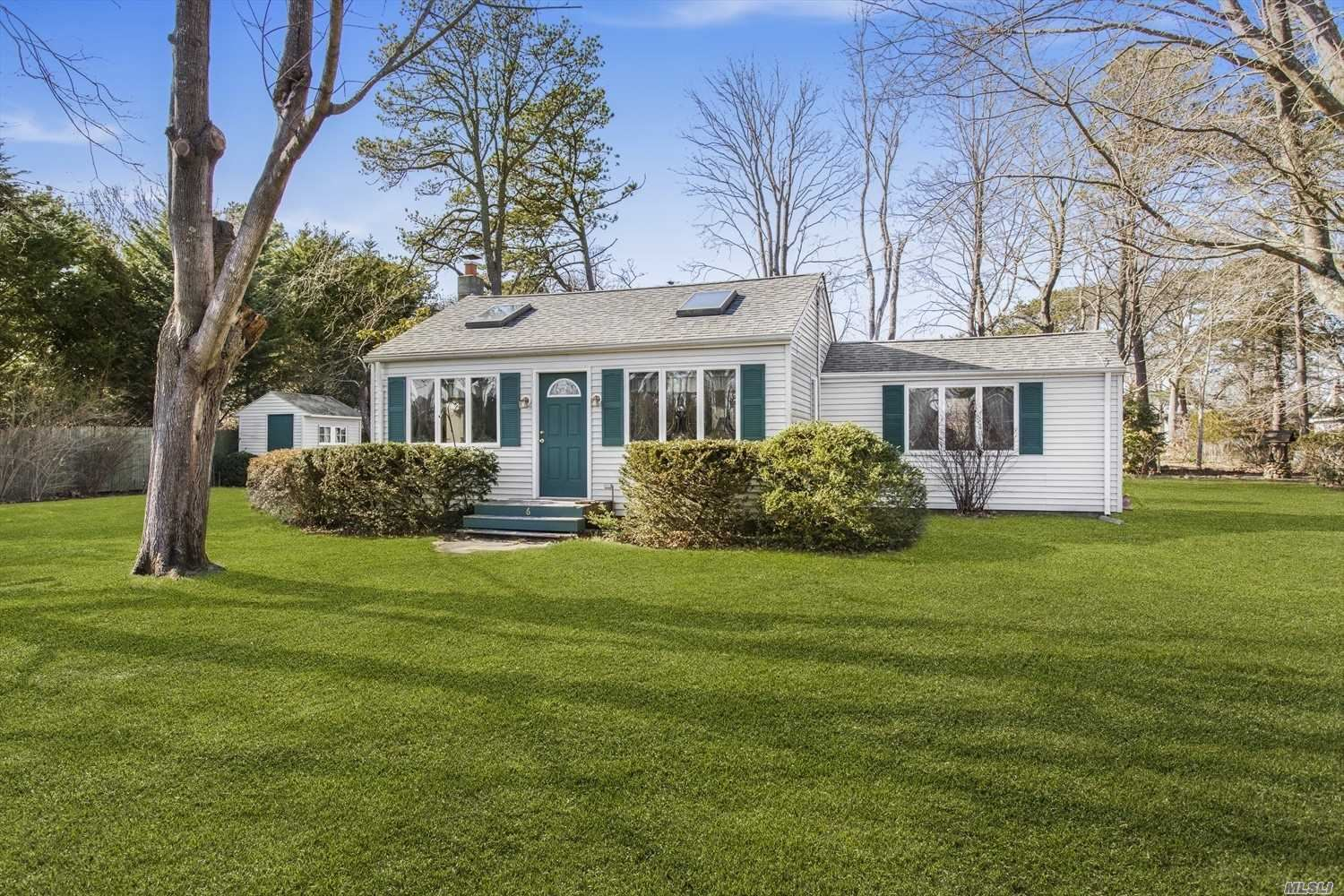 6 Grand Avenue, East Quogue, NY 11942 - MLS#: 3203717