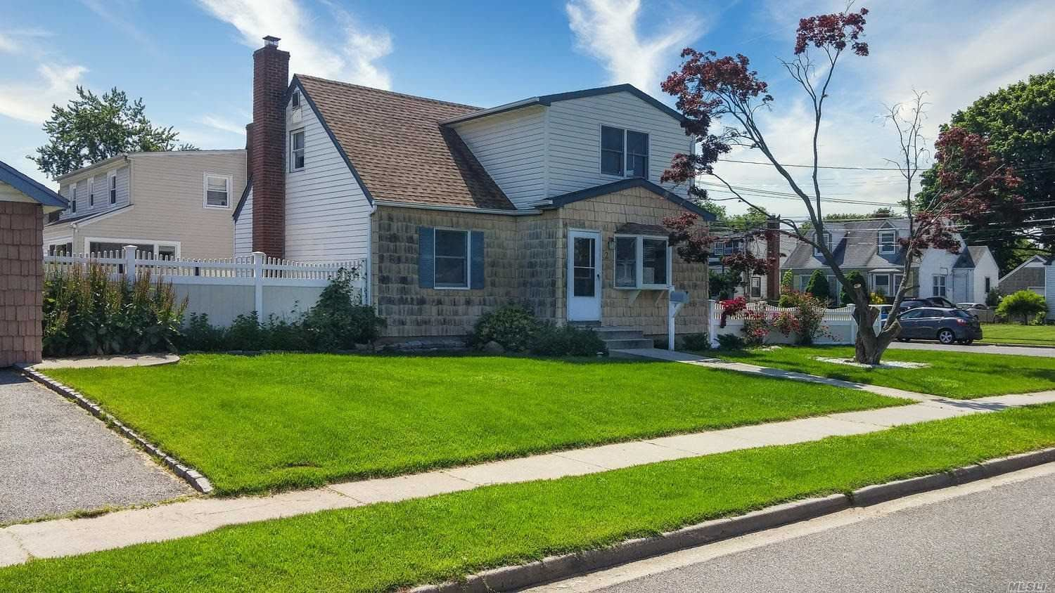 2 Robert Avenue, Massapequa, NY 11758 - MLS#: 3192718