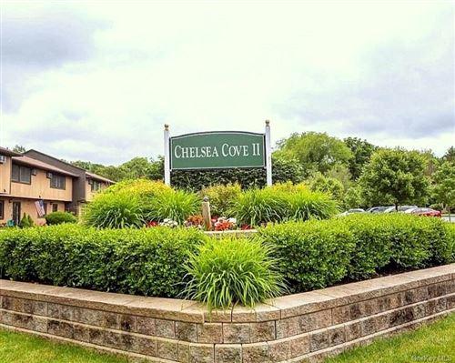 Photo of 302 Chelsea Cv S, Hopewell Junction, NY 12533 (MLS # H6040720)