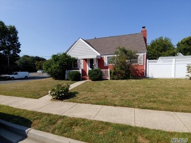 215 Sterling Road, Elmont, NY 11003 - MLS#: 3168721