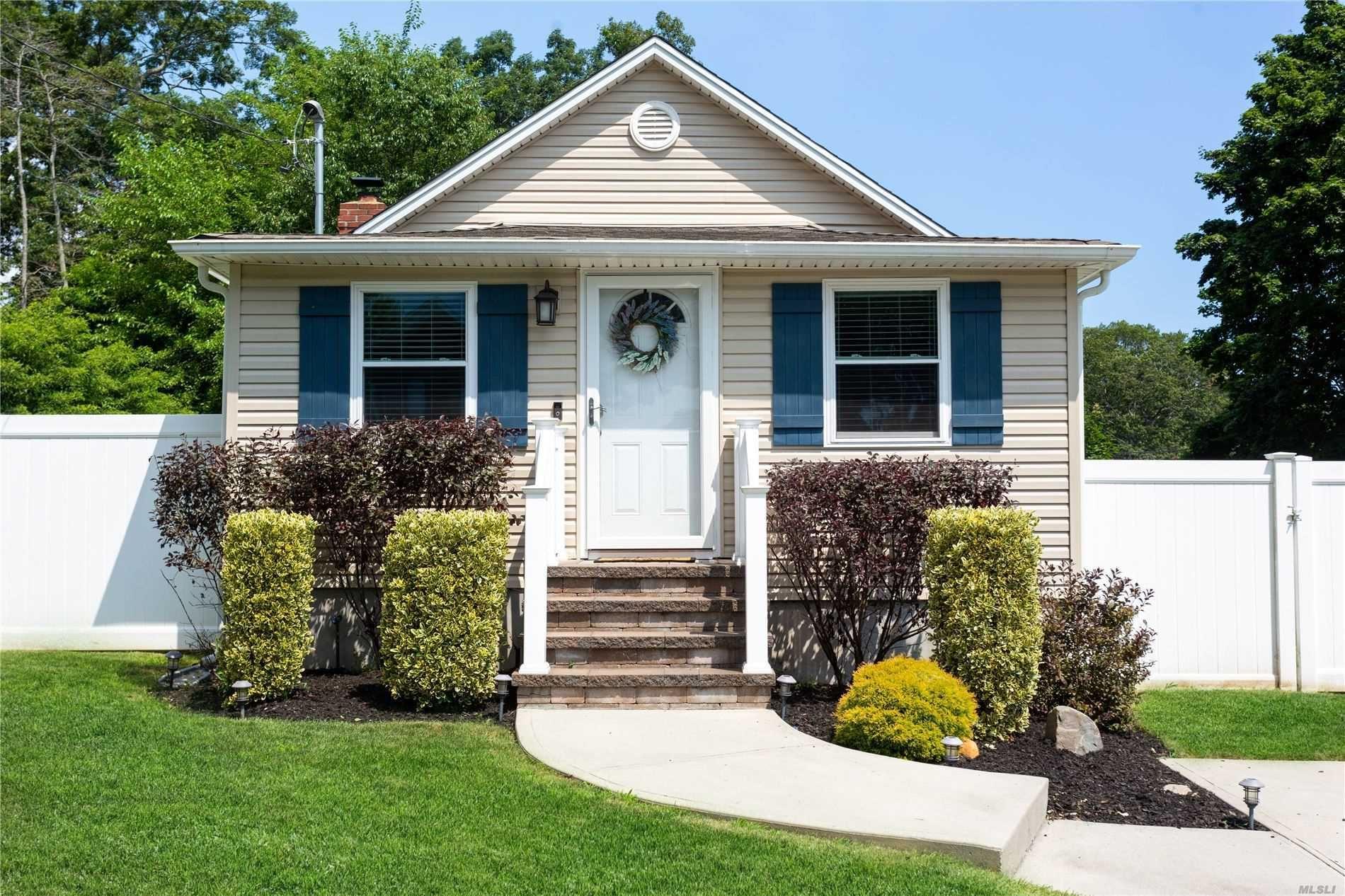 25 Woodycrest Drive, Farmingville, NY 11738 - MLS#: 3237721