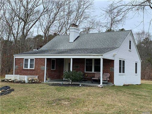 Photo of 98 Old Country Road, E. Quogue, NY 11942 (MLS # 3280722)