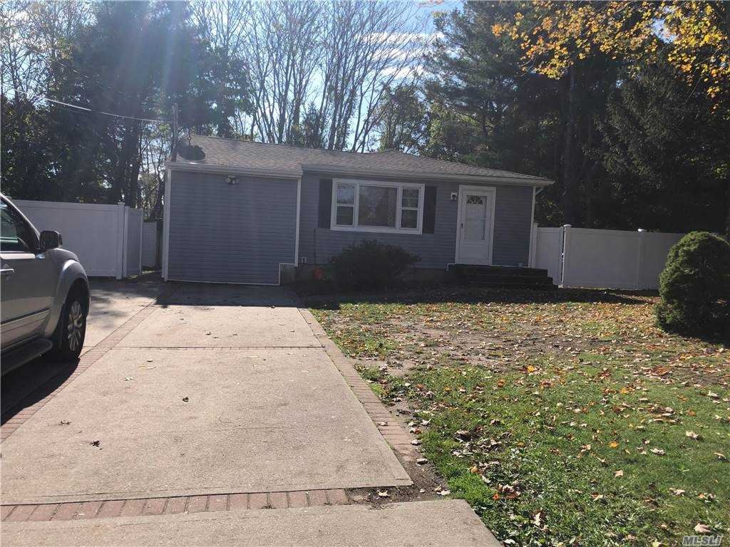 134 Peterson St, Brentwood, NY 11717 - MLS#: 3264722