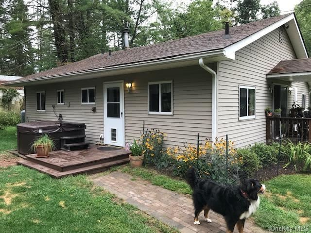 Photo of 21 Basha Drive, Cuddebackville, NY 12729 (MLS # H6066722)