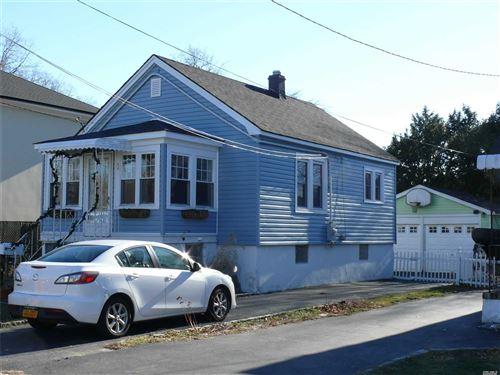 Photo of 36 Stuart Avenue, Babylon, NY 11702 (MLS # 3219723)