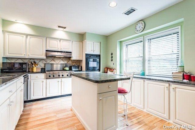 60 Laurel Crescent, Port Jefferson, NY 11777 - MLS#: 3295723