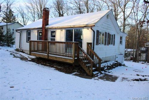 Photo of 11 Hilltop Trail, Wurtsboro, NY 12790 (MLS # H6090724)