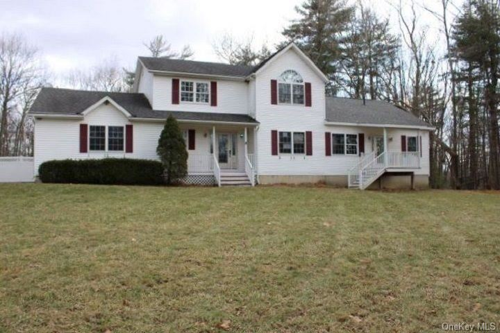 Photo of 92 Stonybrook Road, Pine Bush, NY 12566 (MLS # H6086724)