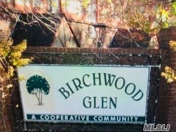 Photo of 10 Glen Hollow Drive #C58, Holtsville, NY 11742 (MLS # 3235725)