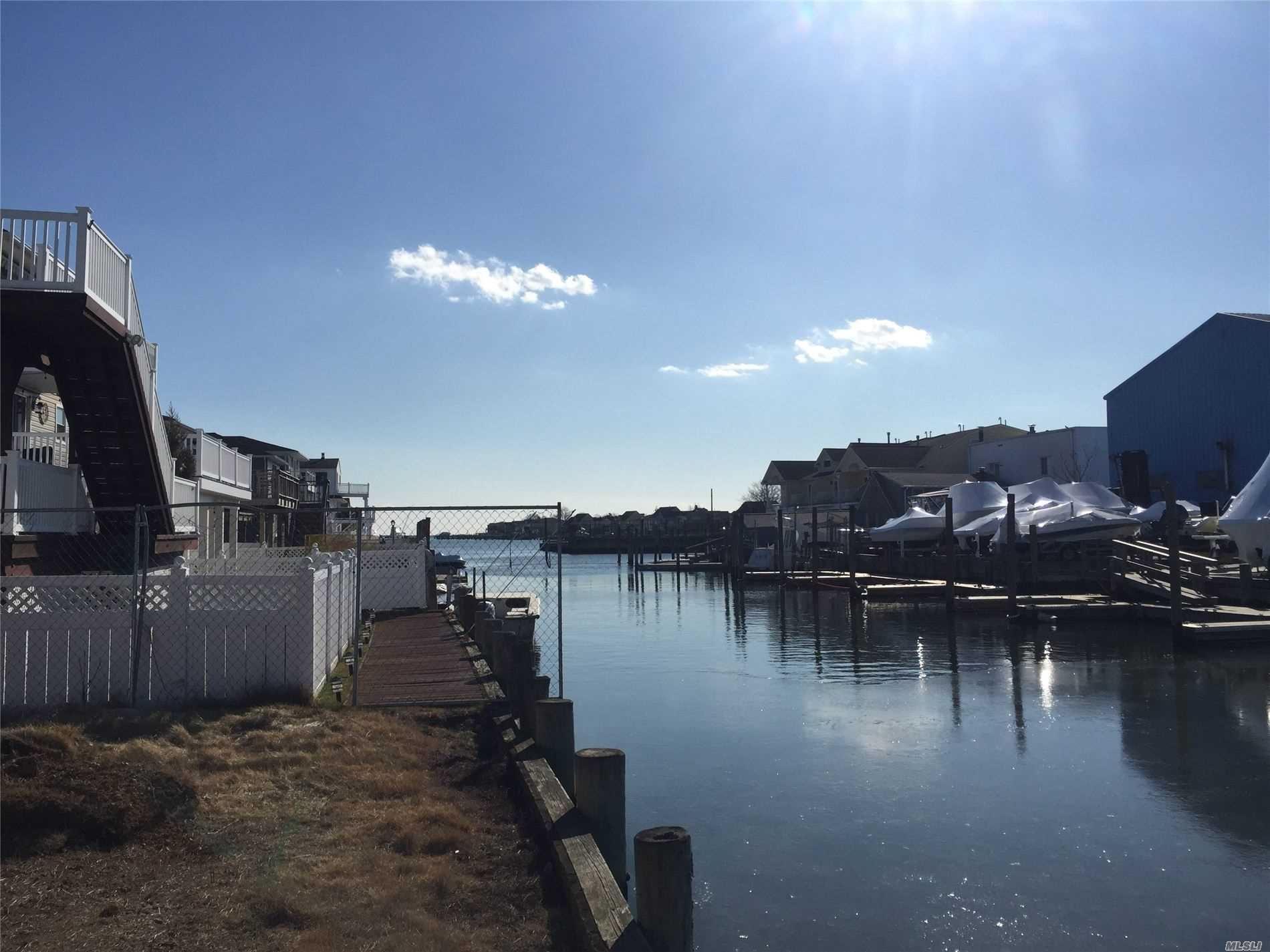 40 Beach Road, Massapequa, NY 11758 - MLS#: 3203726