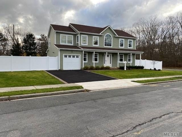 Photo of 2 Pennsylvania Ave, Massapequa, NY 11758 (MLS # 3252726)