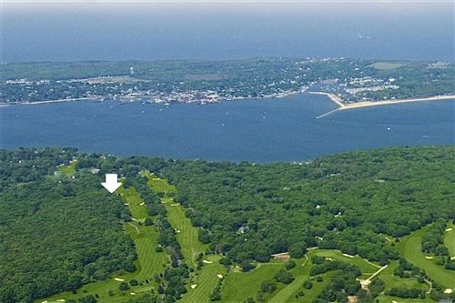 Photo of 7 Dering Woods Road, Shelter Island, NY 11964 (MLS # 3207729)