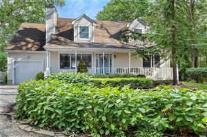 Photo of 2 Highland St, Westhampton, NY 11977 (MLS # 3067730)