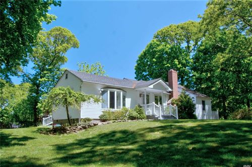 Photo of 5 Deep Valley Dr, Miller Place, NY 11764 (MLS # 3219730)