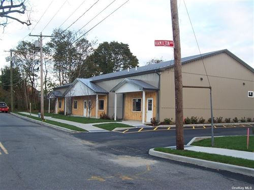 Photo of 427 (B) Lincoln Street #Unit B, Riverhead, NY 11901 (MLS # 3348731)