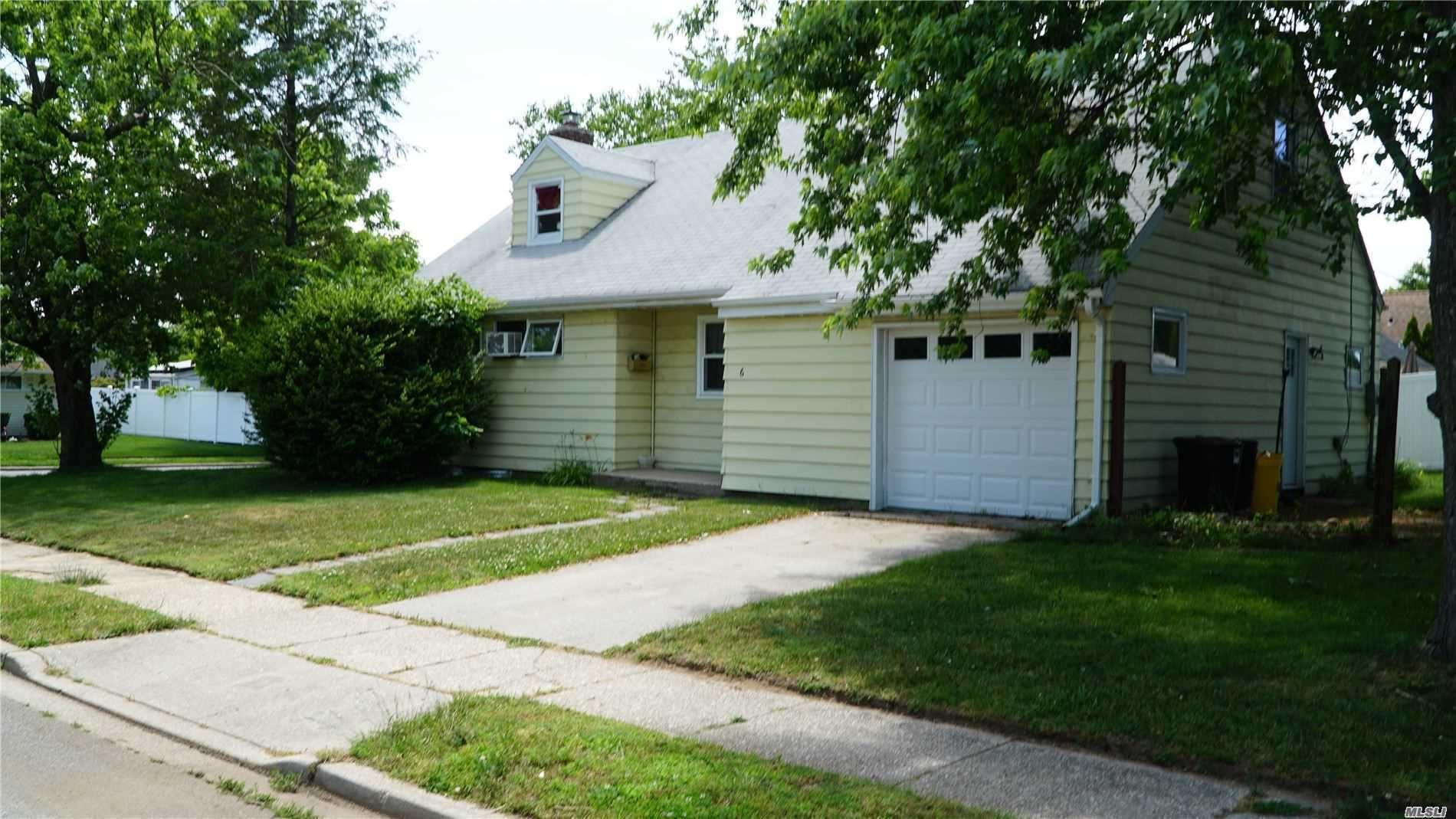 6 Dikeman Court, Hicksville, NY 11801 - MLS#: 3208731