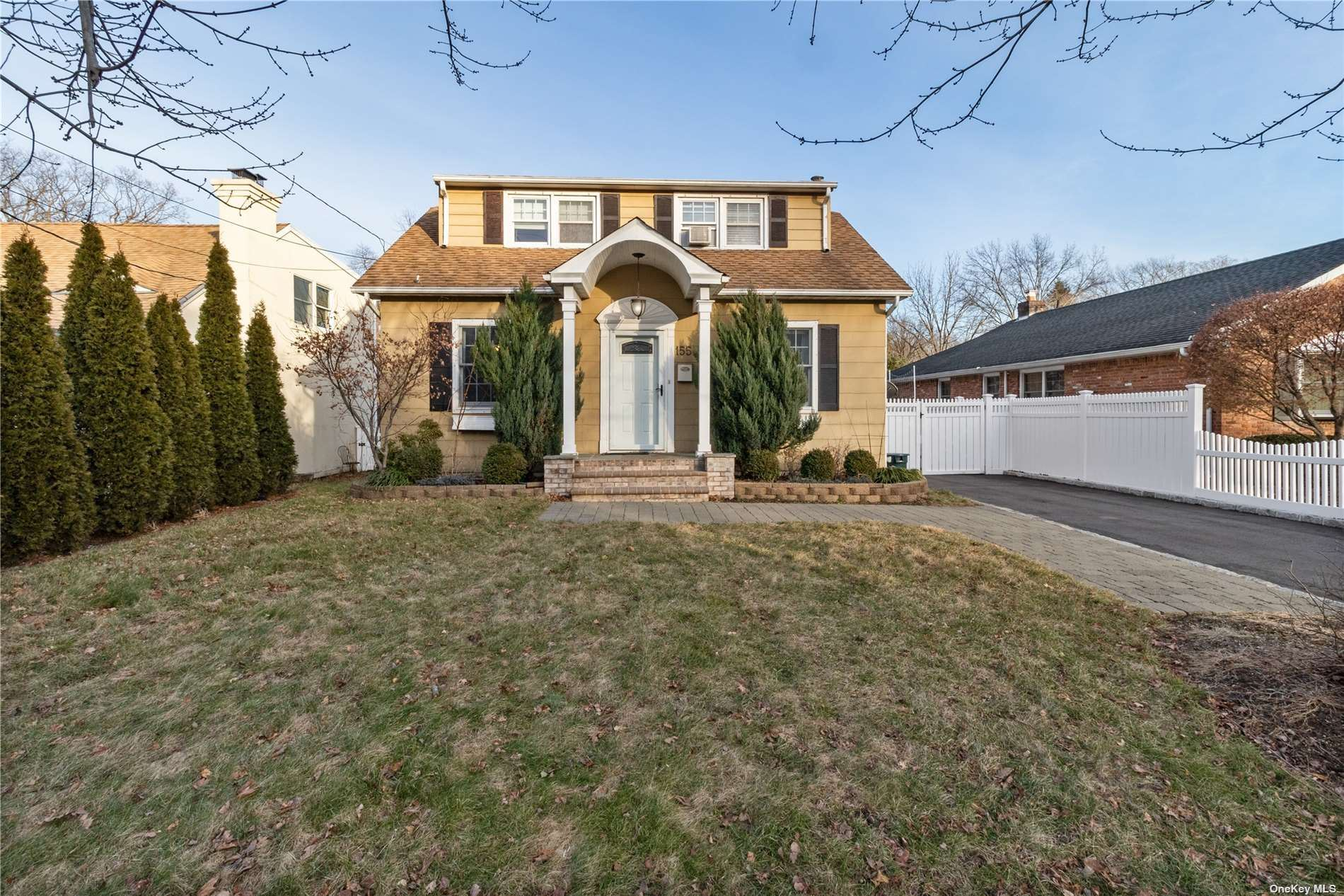 Photo of 155 Summers Street, Oyster Bay, NY 11771 (MLS # 3317731)