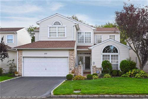 Photo of 177 Windwatch Dr, Hauppauge, NY 11788 (MLS # 3192736)