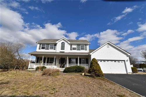 Photo of 9 Emily Ct, Moriches, NY 11955 (MLS # 3203736)