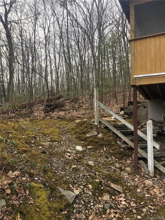 Photo of 28 Cardinal Trail W, Wurtsboro, NY 12790 (MLS # H6022736)