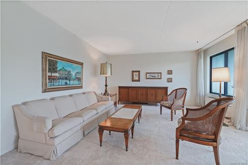 Photo of 500 High Point Drive #612, Hartsdale, NY 10530 (MLS # H6113738)