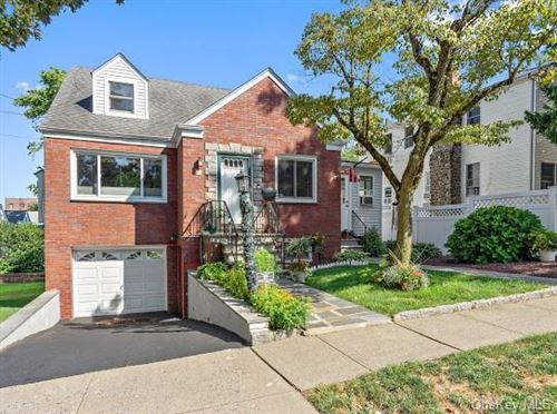 Photo of 24 Aqueduct Avenue, Yonkers, NY 10704 (MLS # H6059739)