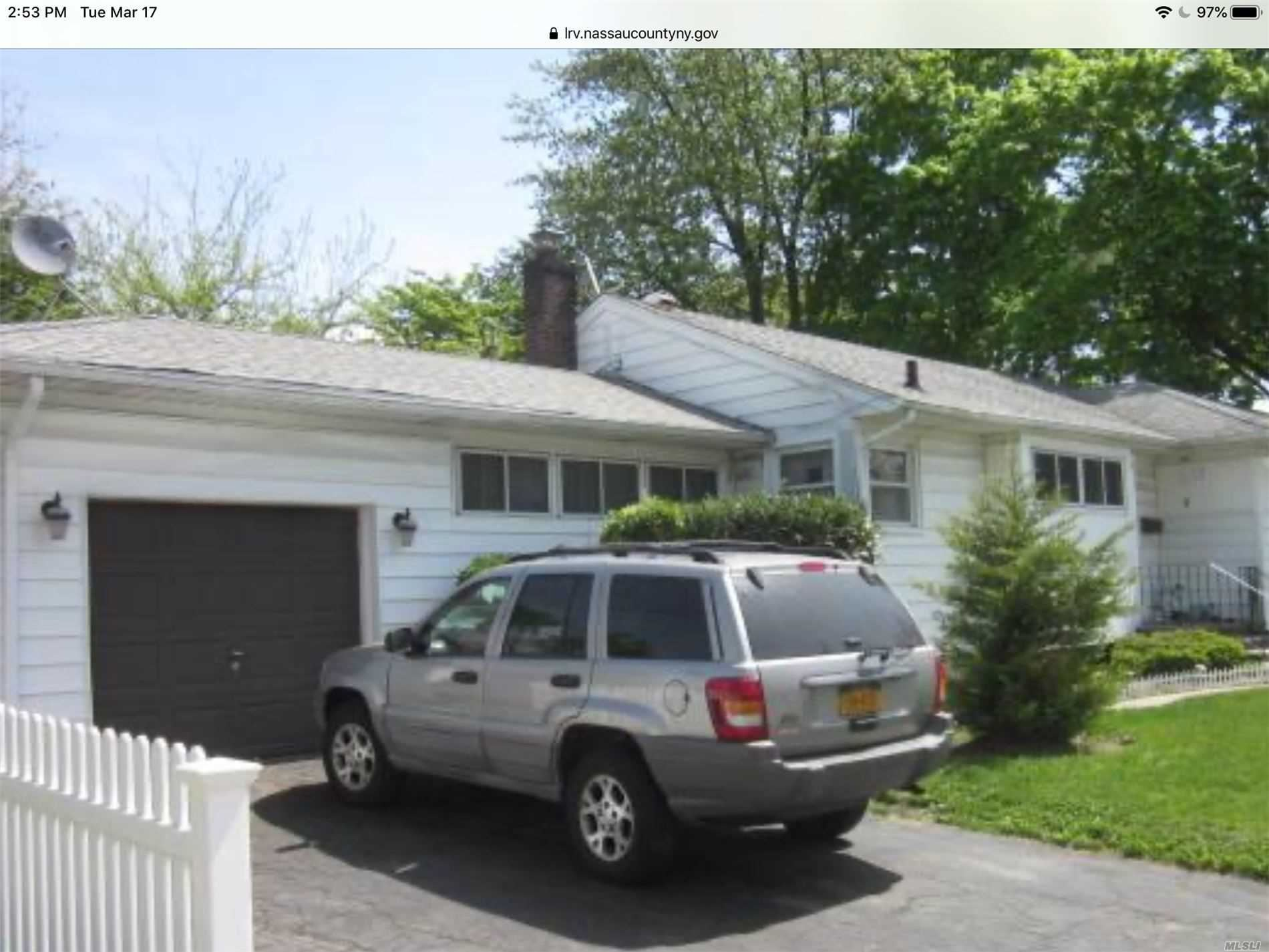 East Meadow, NY 11554