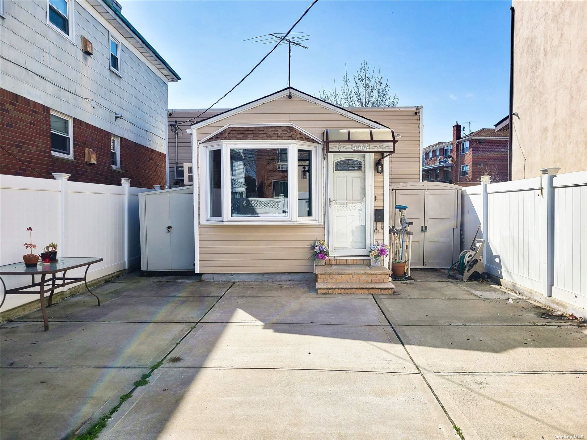66-66 70th Street, Middle Village, NY 11379 - MLS#: 3299739