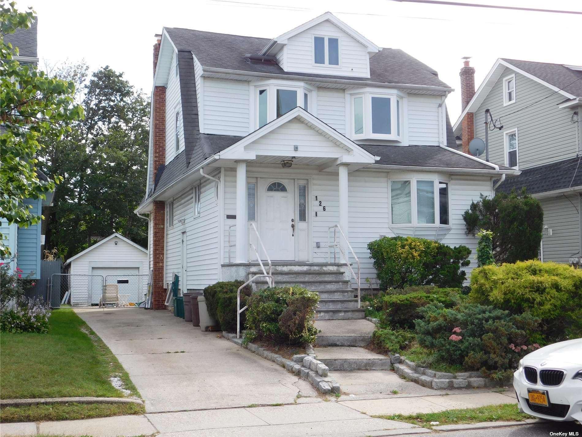 126 Lyon Place, Lynbrook, NY 11563 - MLS#: 3351739