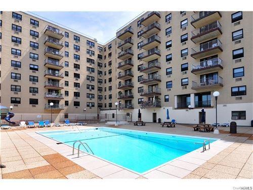Photo of 1085 Warburton Avenue #608, Yonkers, NY 10701 (MLS # H6090740)