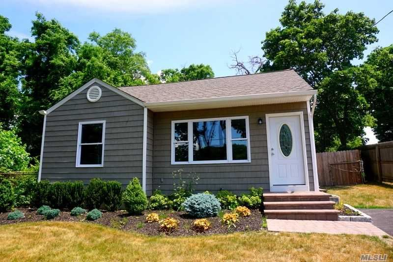 545 Maple Avenue, Patchogue, NY 11772 - MLS#: 3224740