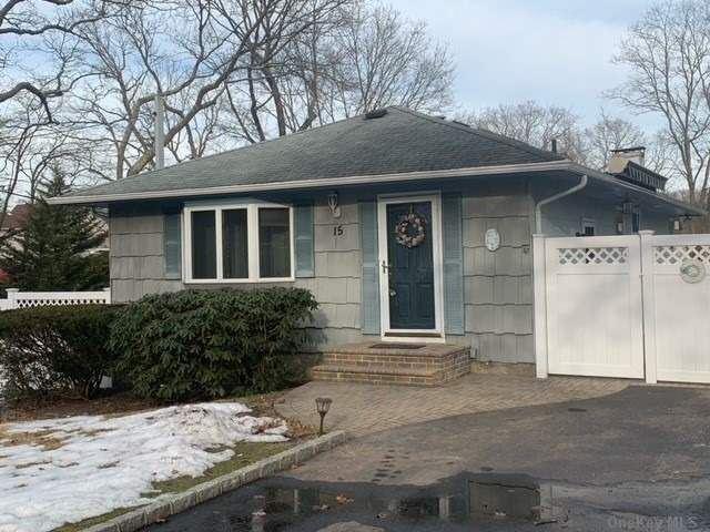 15 Hawthorne Street, Mastic, NY 11950 - MLS#: 3290741